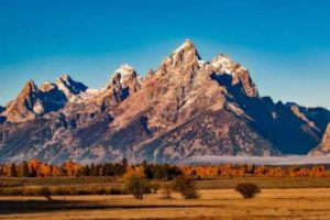 THE FIVE MOUNTAINS   UNBEATABLE MIND   BY MARK DIVINE